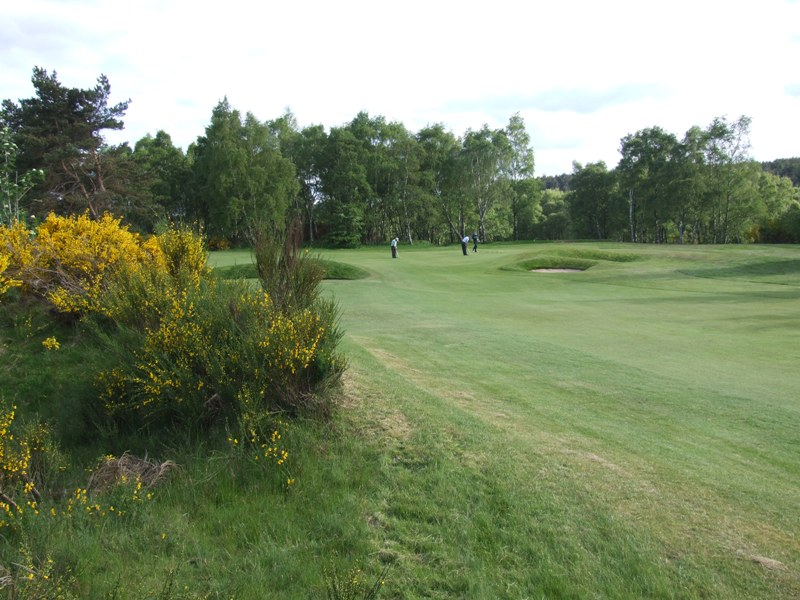 Elgin Golf Club Hole 17 - Sand Hole